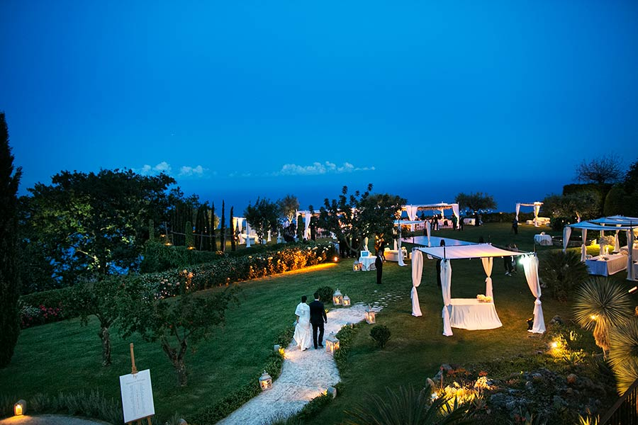 Wedding reception was held in Hotel villa Cimbrone: an incredible venue
