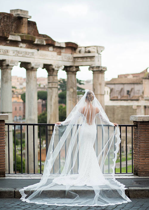 Wedding in Rome - Roman Forum photo session