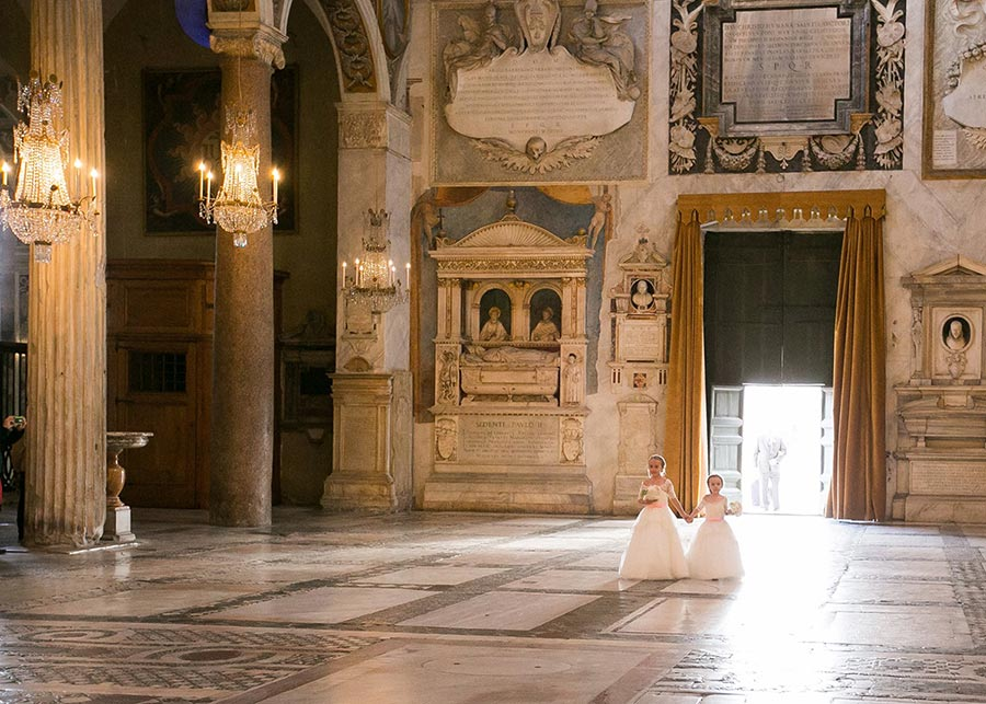 Wedding in Rome at Church of Santa Maria in Aracoeli
