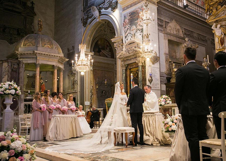 Catholic wedding ceremony at Church of Santa Maria in Aracoeli
