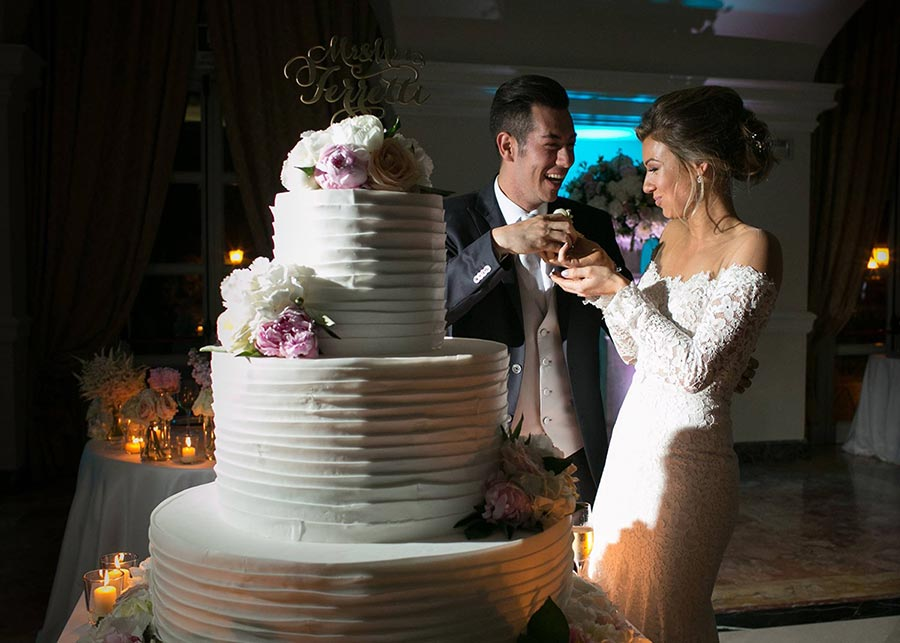 Luxury wedding cake - wedding reception at Villa Miani