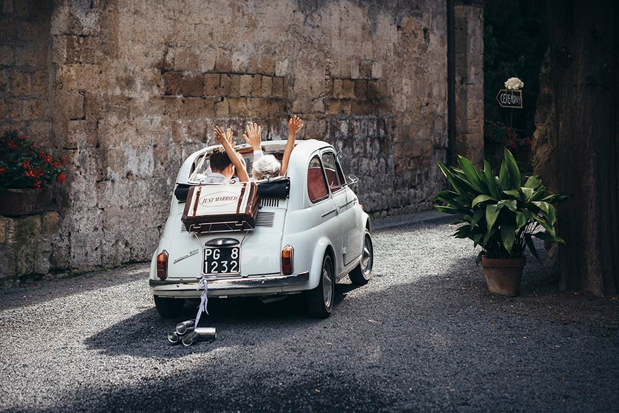 Lloyd and Kim had a vintage Fiat 500 car to travel in the surroundings Umbria countryside