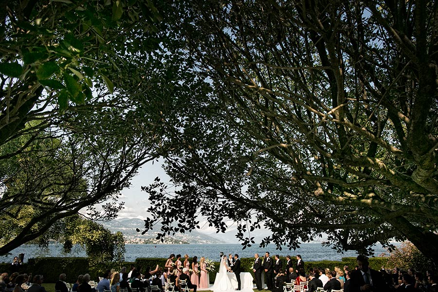 An outdoor wedding ceremony by the shores of Lake Maggiore