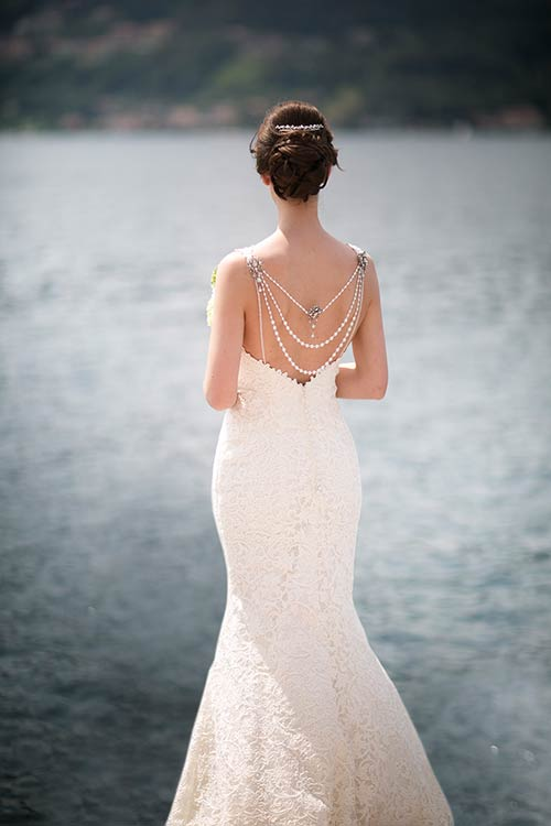 Wedding on lake Orta | Amazing bridal dress