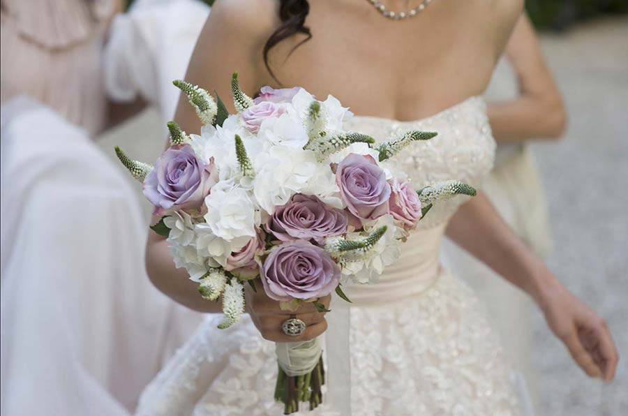 Romantic Jelena's bridal bouquet