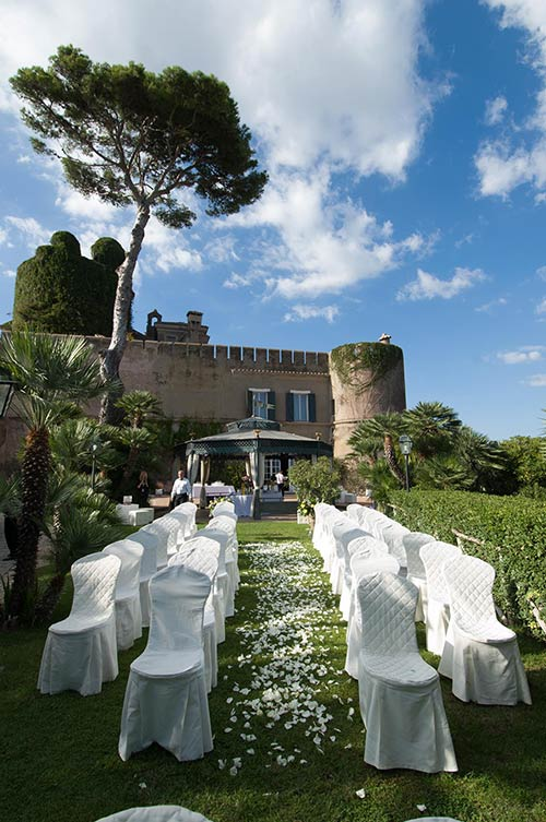 Ceremony setting at Odescalchi Castle of Santa Marinella