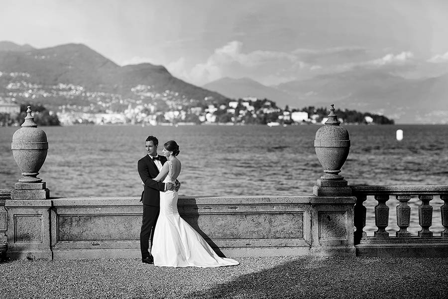 Polina and Simon's wedding has been published on famous wedding blog Grace Ormonde