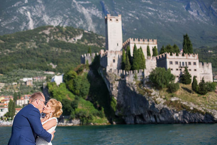 Kathy and Martti's wedding at Malcesine Castle - photo Studio Morlotti