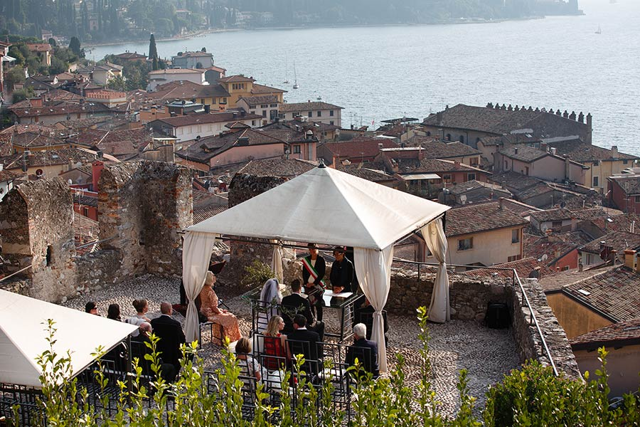 Wedding ceremony at Malcesine Castle