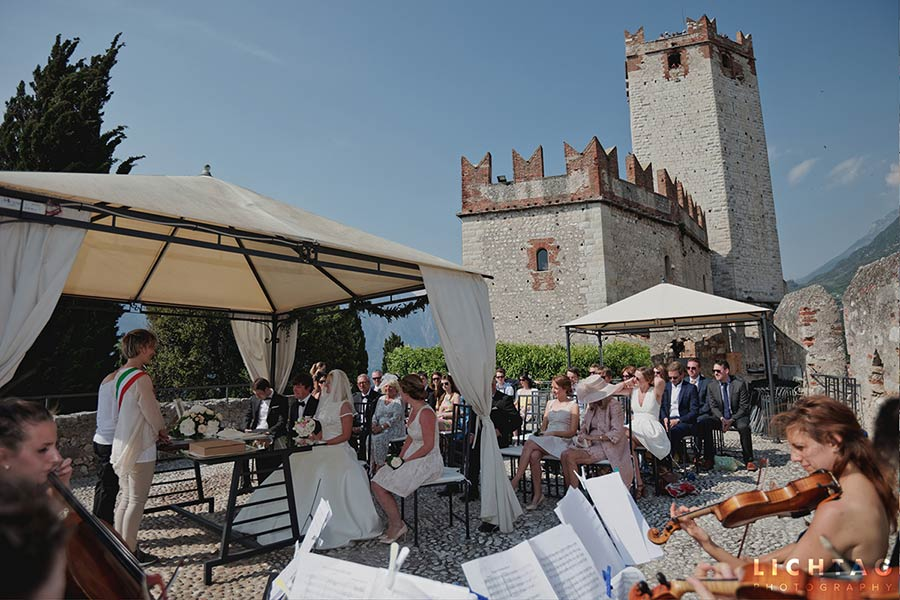 Civil ceremony at Malcesine Castle