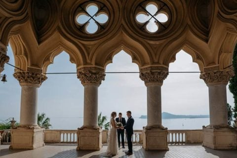 ELOPE IN FALL ON LAKE GARDA